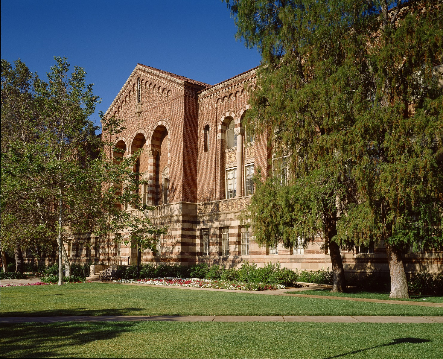 UCLA Language and Literacy Research Group